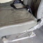 Flugzeugsitzbank fehlende Armlehne