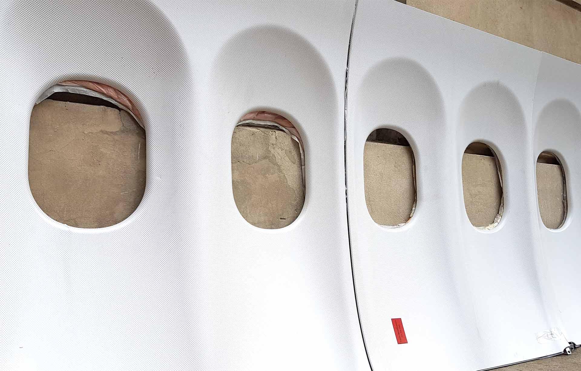 Flugzeugfenster Elemente in der Reihe
