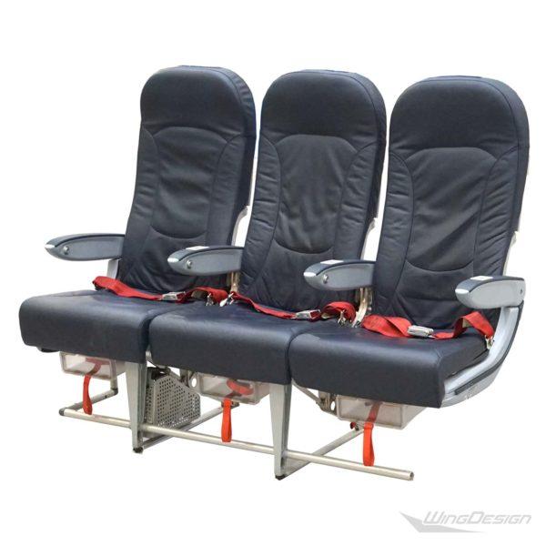 Flugzeugsitz Dreierbank airberlin Economy Class Vorderseite
