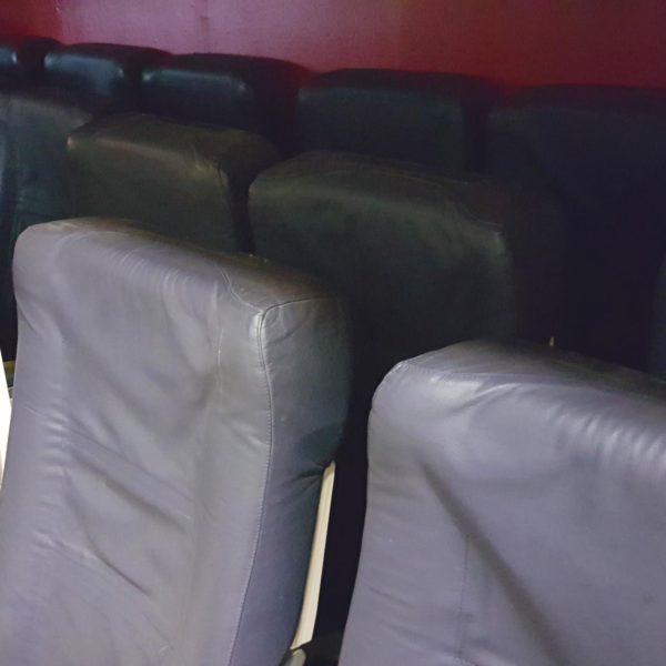 Flugzeugsitz Doppelbank blau Leder gebraucht EconomyClass wingdesign.com