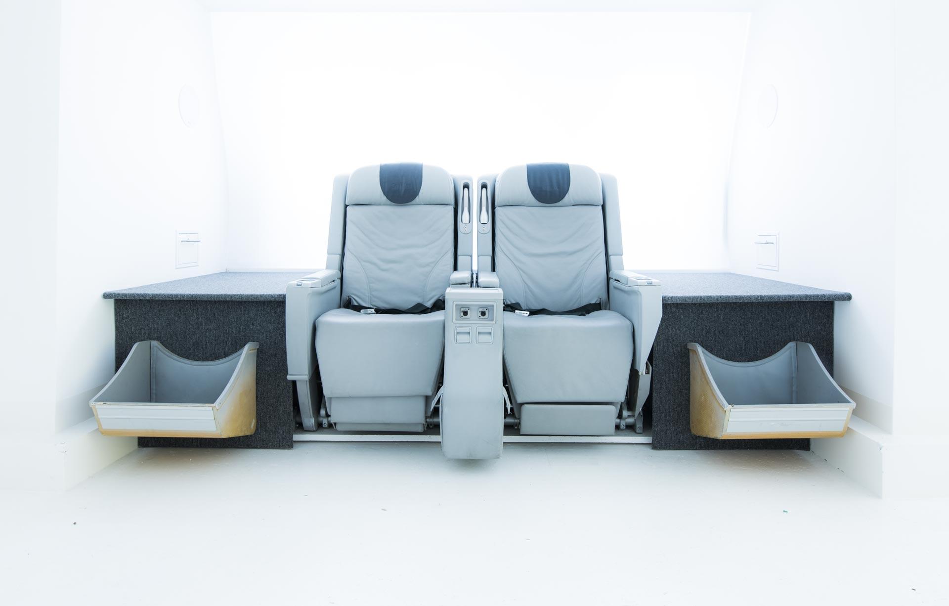 Flugzeugsitze im Fotostudio