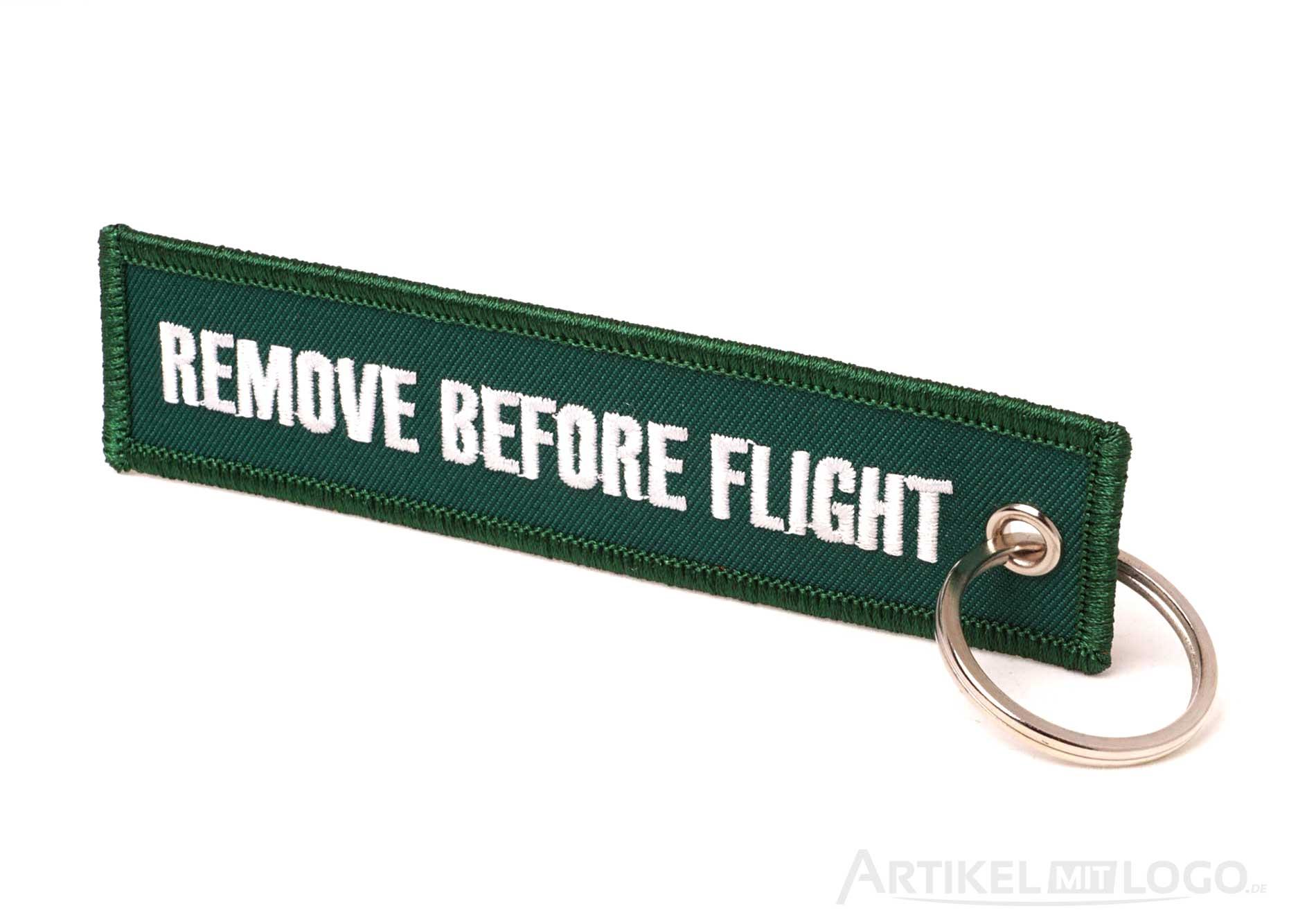 Remove Before Flight Schluesselanhaenger racing green