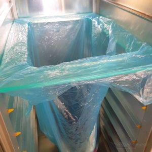 Müllbeutelhalter für Flugzeugtrolleys Anwendungsbeispiel