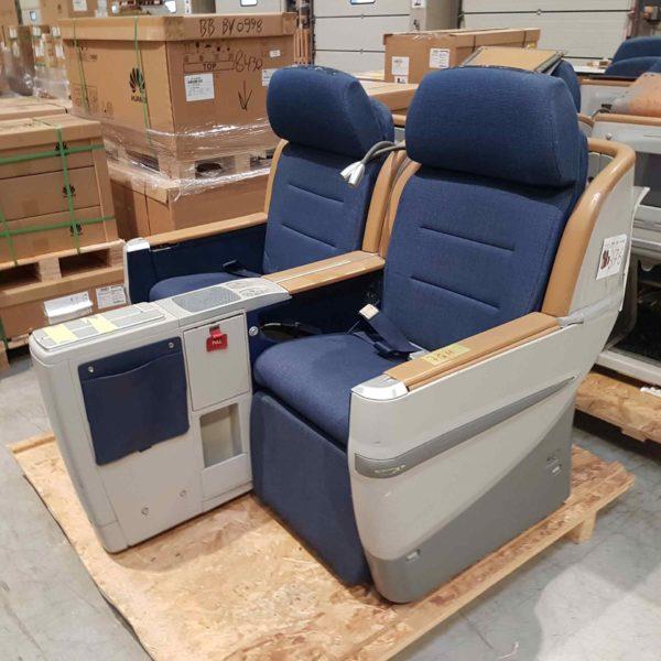 B-Ware Flugzeug-Doppelsitzbank Contour 376