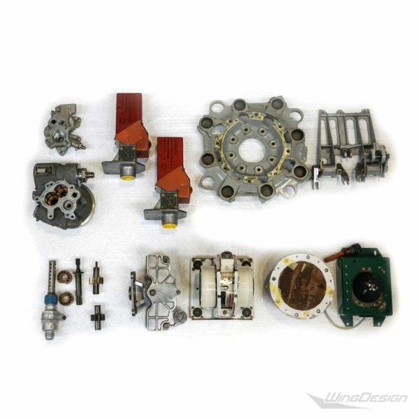 Flugzeugteile Set aus gebrauchten Kleinteilen